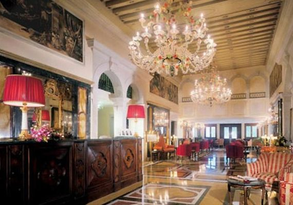 AUTOGRAPH COLLECTION HOTEL, VENICE - Room Rates from €860